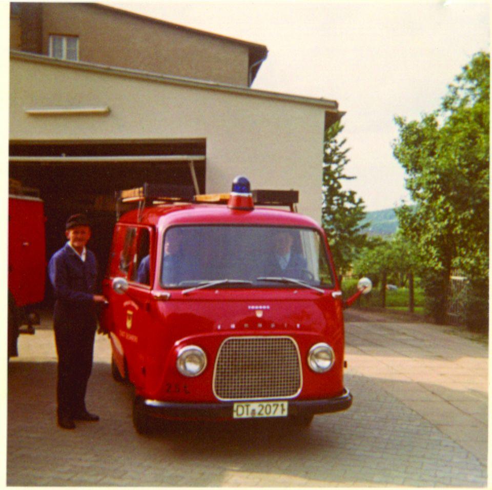 Historisch: Tragkraftspritzenfahrzeug